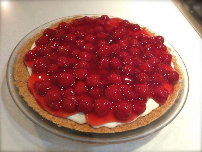 American Cherry Cheesecake Pie