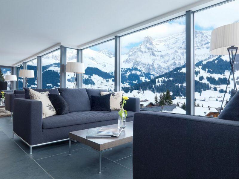 Indahnya pegunungan Alpen dari hotel ini