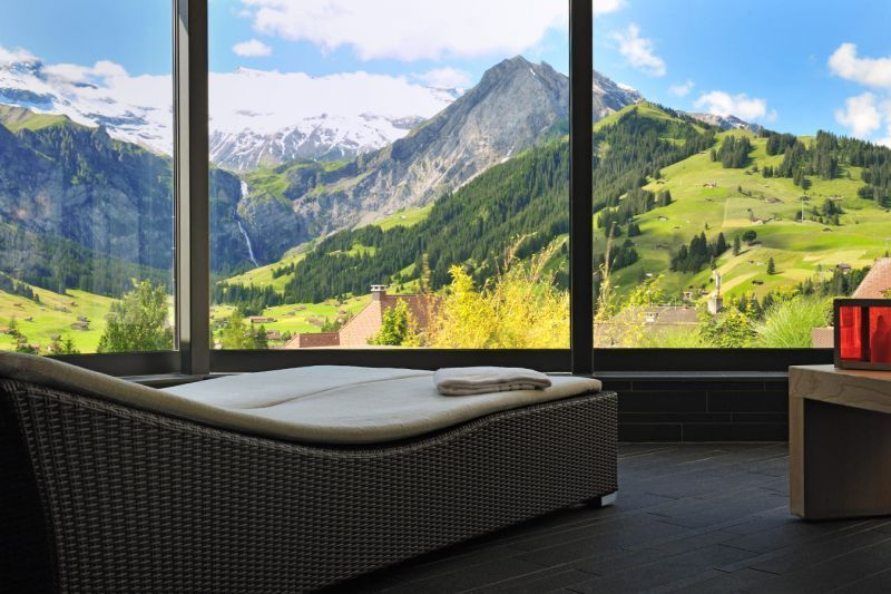 Hotel Cambrian, Swiss