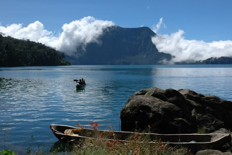 Danau Bento