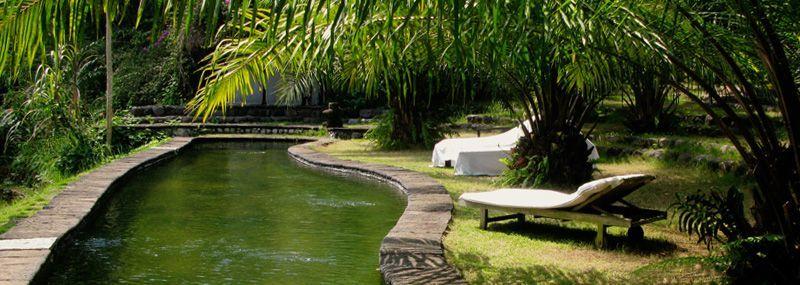 """Hotel ini juga pernah terpilih  sebagai """"Asia's Best City"""" oleh para pembaca Condé Nast Traveller tahun 2009."""