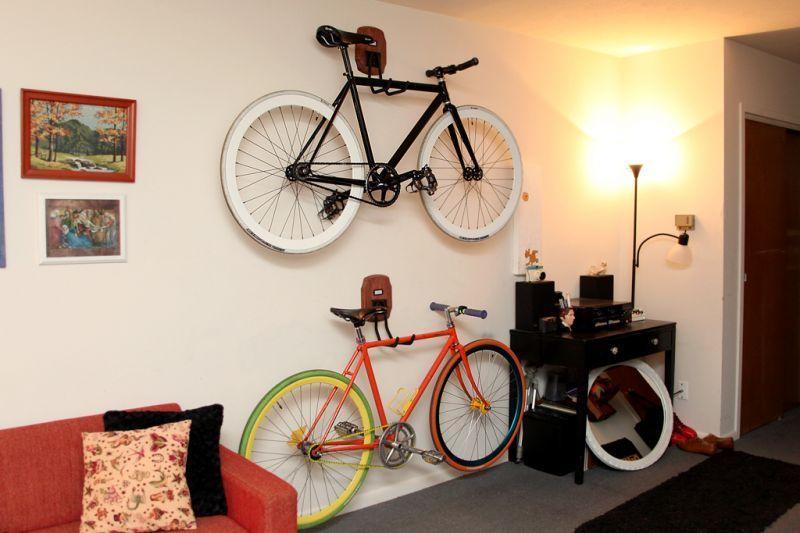 Sepeda untuk hiasan dinding