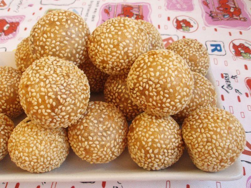 Sesame Seeds Ball