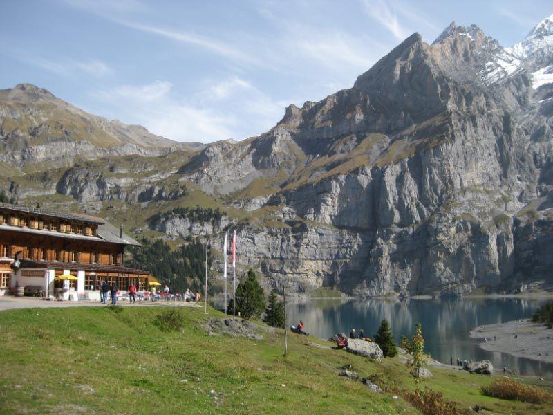Kamu bisa nikmati indahnya pegunungan Alpen
