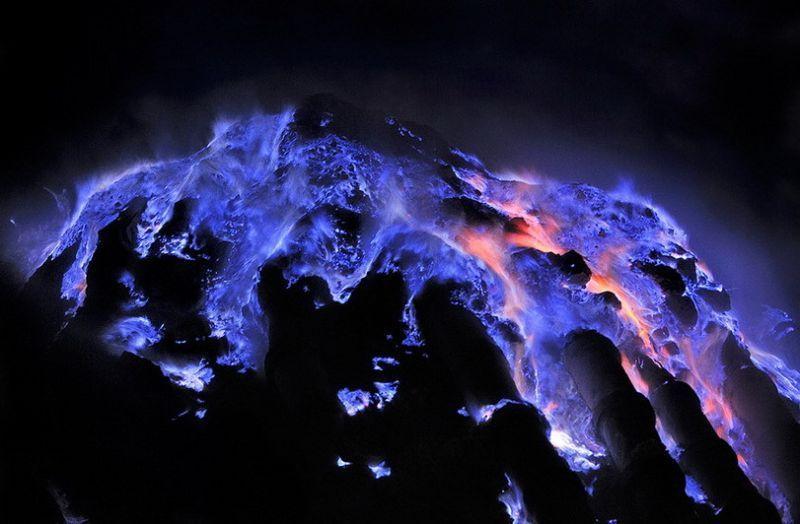 Lava biru Ijen
