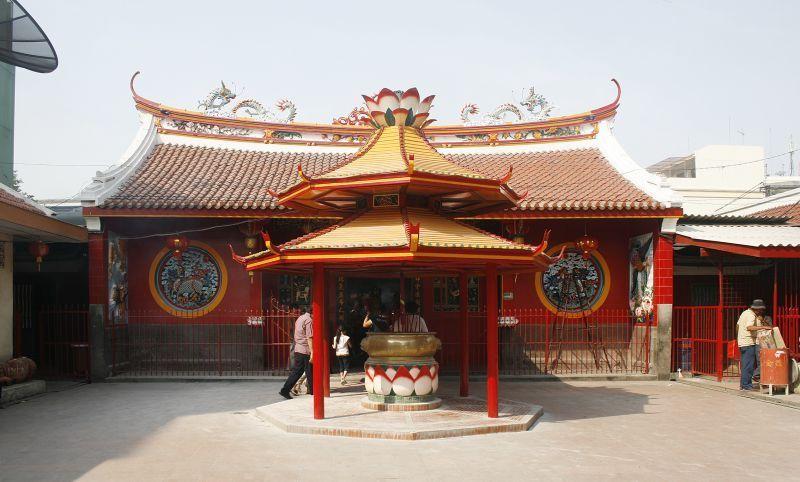 Bagian dalam Jin De Yuan