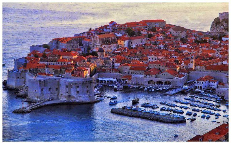 Kota Dubrovnik dan pelabuhannya