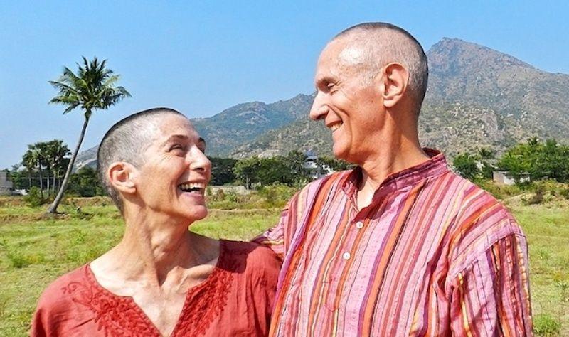 Pasangan 70 tahun yang berkeliling dunia