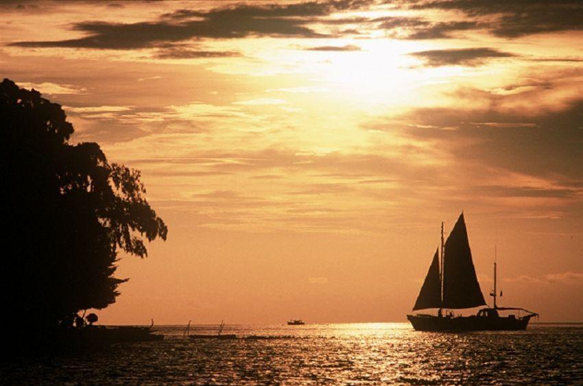 Sunset di pulau Isle des Indes