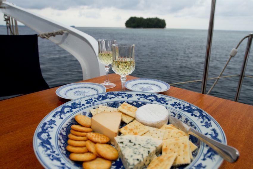 Paket wisata Pulau Isle des Indes