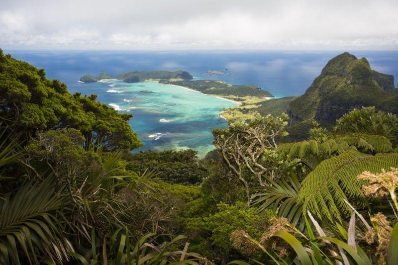 Pulau Lord Howe yang terletak di Australia