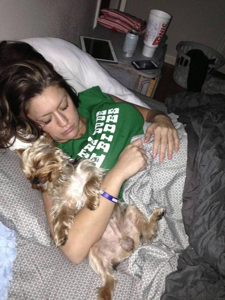 Istriku tidur dengan sahabatku