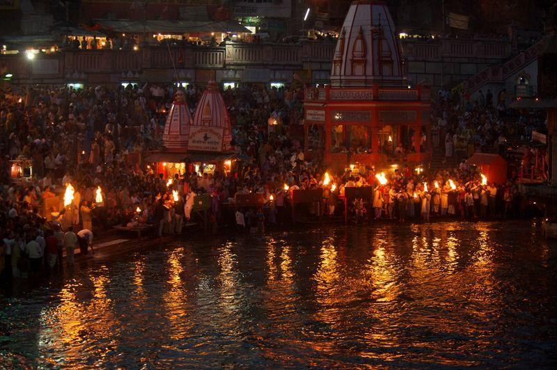Pooja untuk perdamaian, agama Hindu