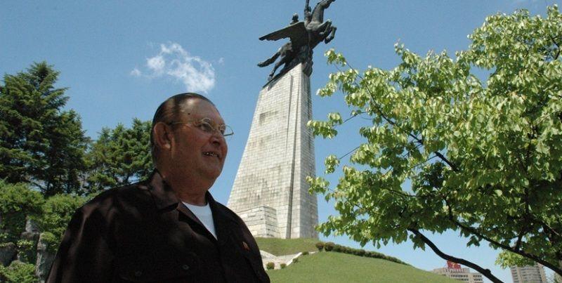 james joseph dresnok membelot ke korea utara
