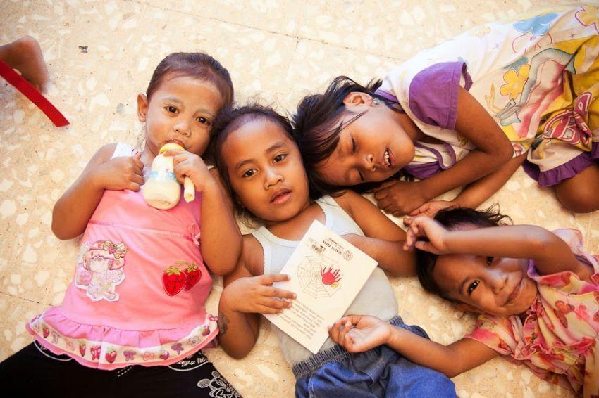 Adopsi belum lazim dilakukan di Indonesia