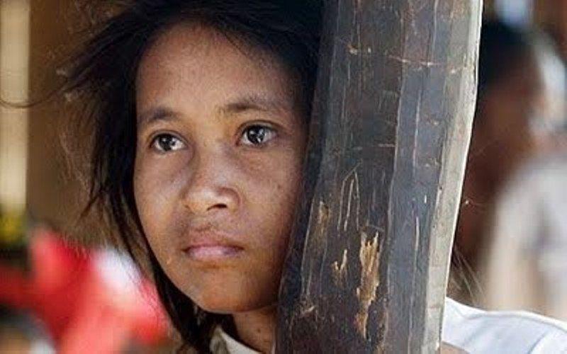 gadis hutan di kamboja