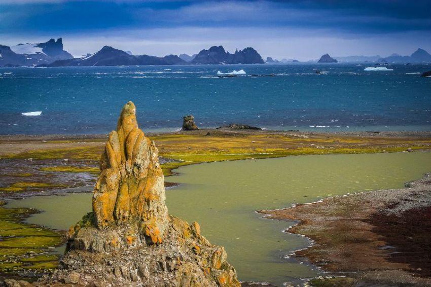 Pulau barrientos, Antartika