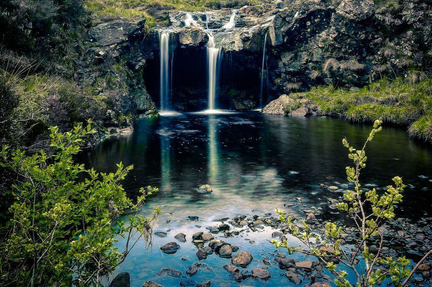 Dengan keindahannya kolam ini memang pantas untuk dijuluki Fairy Pools