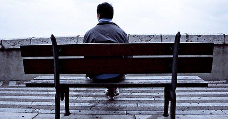 ketika hidupmu kesepian