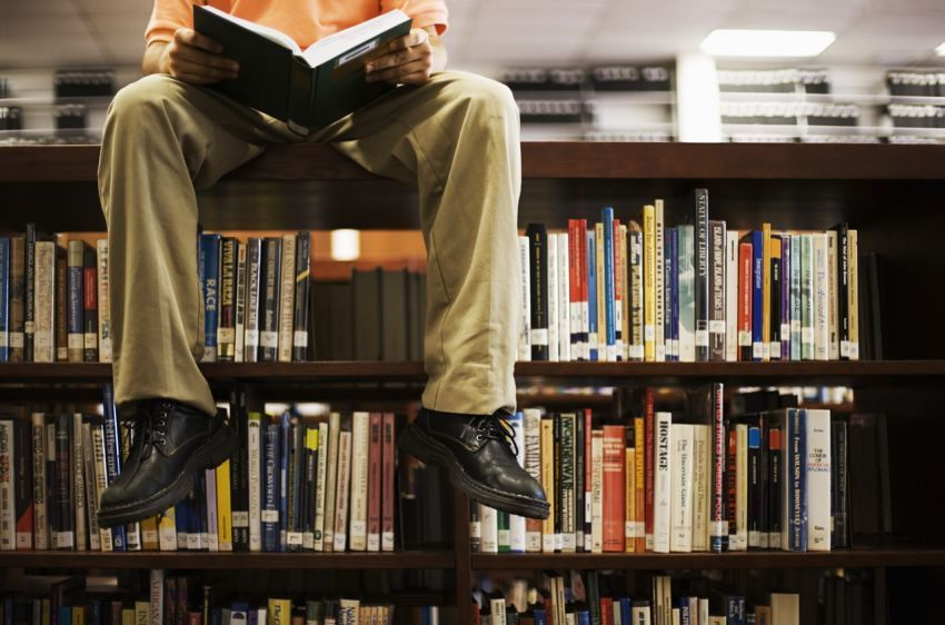 Mending baca novel deh