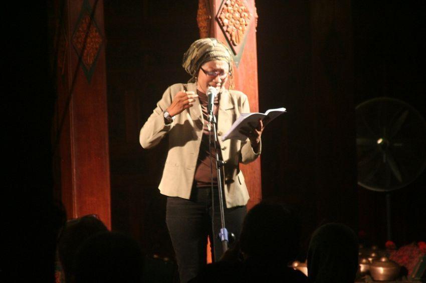 Sastrawan dan penyair bukan jadi profesi idaman