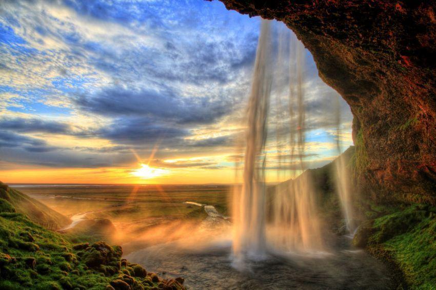 air terjun seljalandfoss, islandia