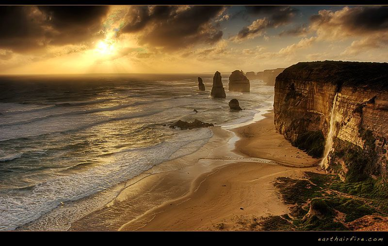 twelve apostles beach