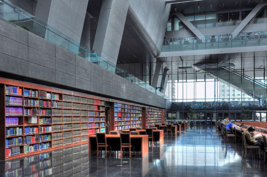 suasana di dalam perpustakaan Cina