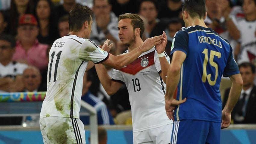 Pencetak gol kemenangan, Goetze menggantikan pencetak gol terbanyak di Piala Dunia, Klose
