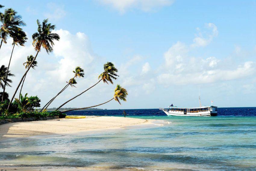 Pantai Pulau Ndaa, Wakatobi