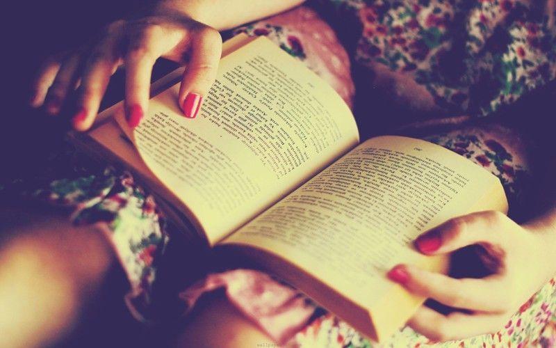 baca buku atau nulis gih!