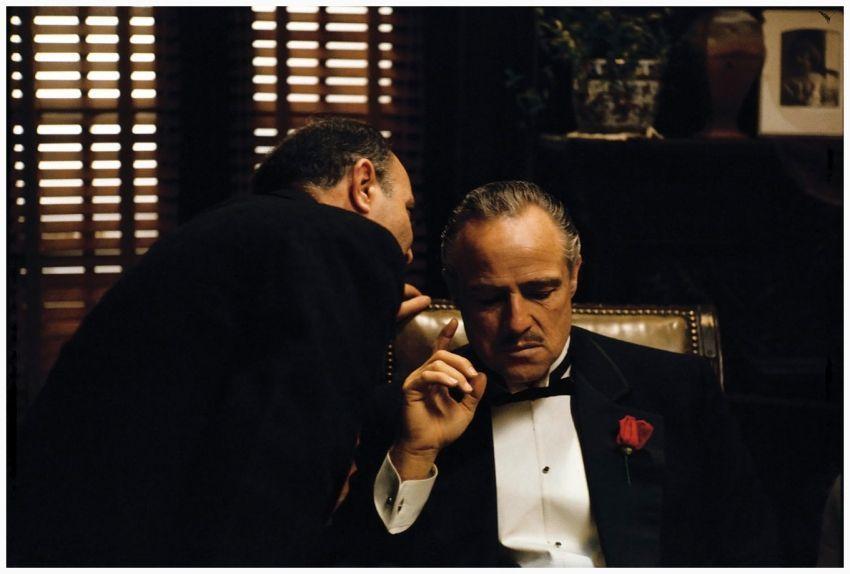 Jangan Bergosip, apalagi sama mafia