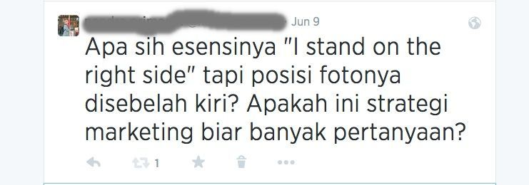 Stand on the right sight kok fotonya di kiri?