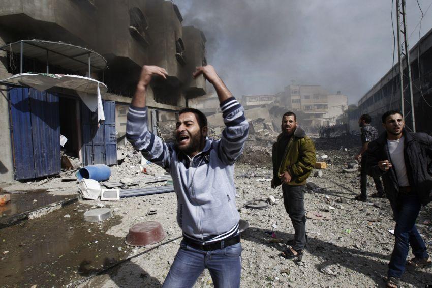 Penderitaan mereka efek dari lemahnya sistem politik internasional