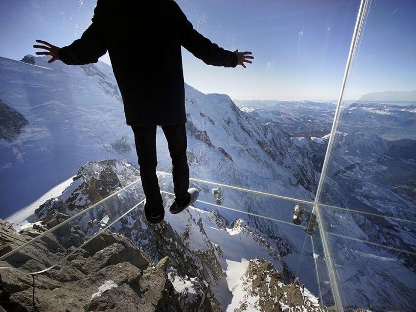 Bawa dirimu menjelajahi puncak tertinggi