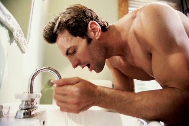 Cuci muka setelah pakai produk perawatan rambut