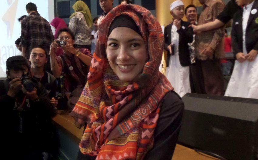 Alyssa Soebandono, artis yang mulai berjilbab syar'i