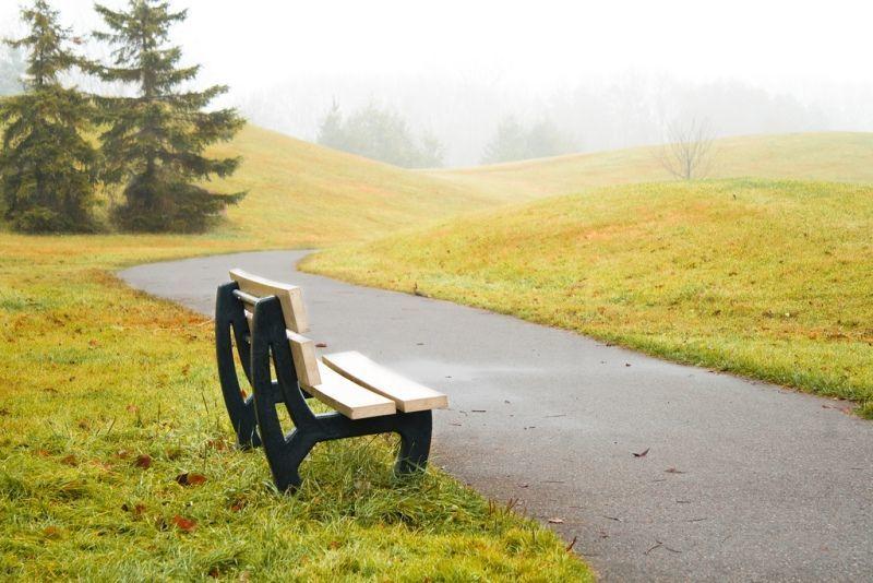 pergi ke tempat yang tenang