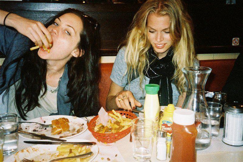 Makan tanpa perduli kesehatan