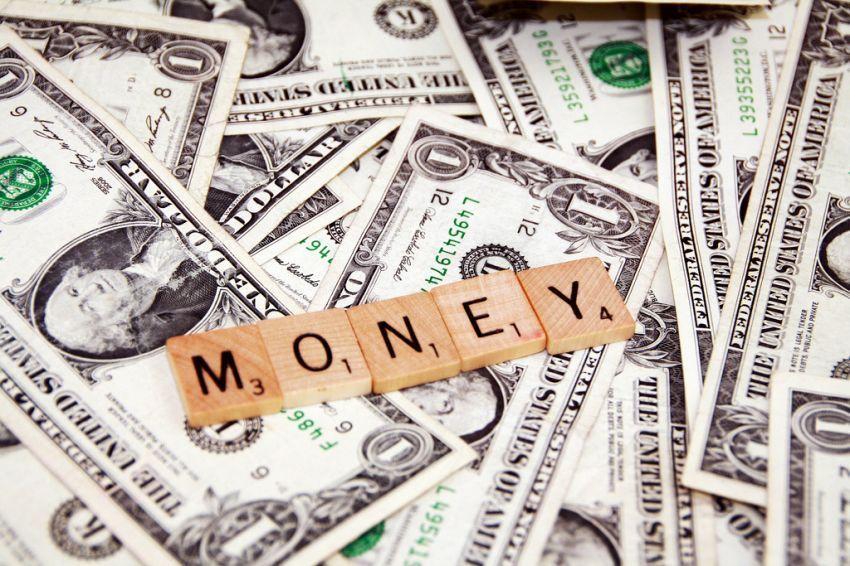 uang akan mengikutimu
