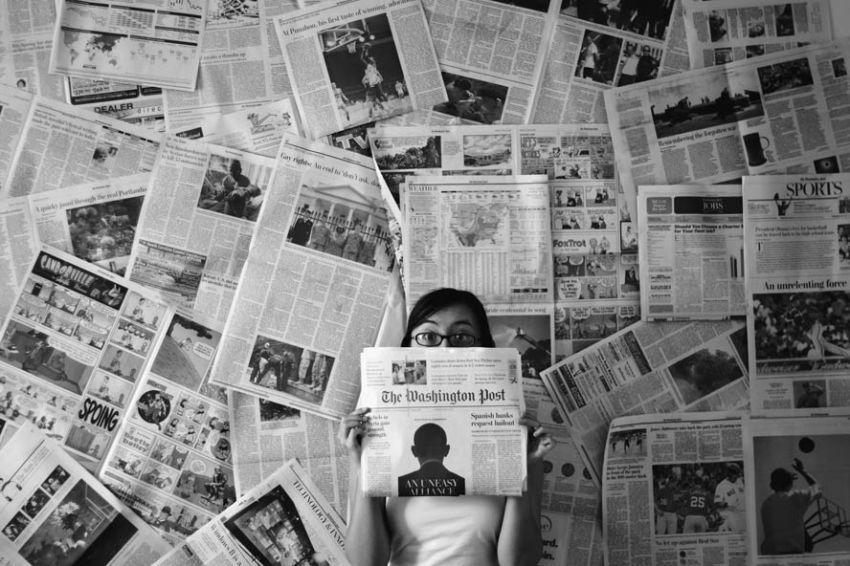 Baca berita jadi ritual penting.