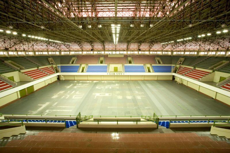 Gedung olahraga yang memadai