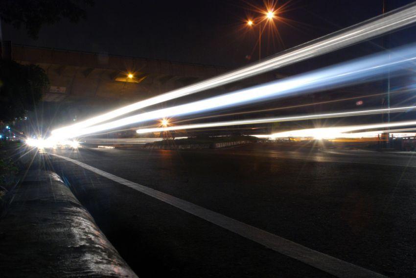 lampu HID putih yang sering ganggu