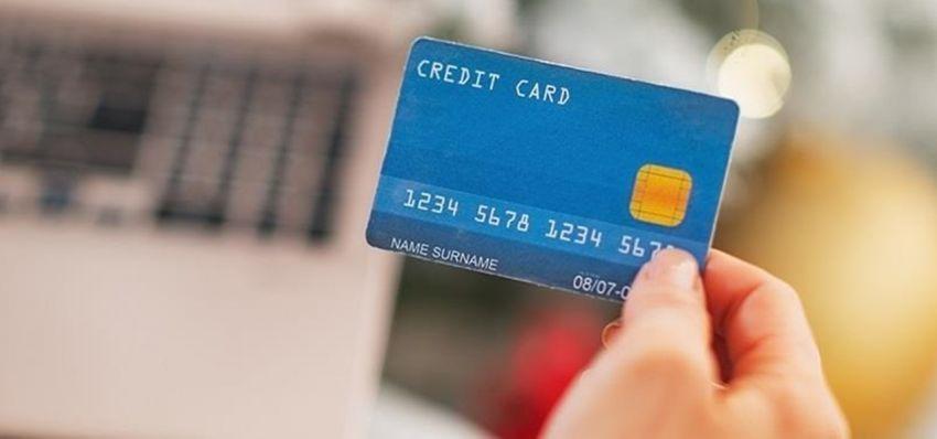 Apply kartu kredit yang rajim memberi promo tiket