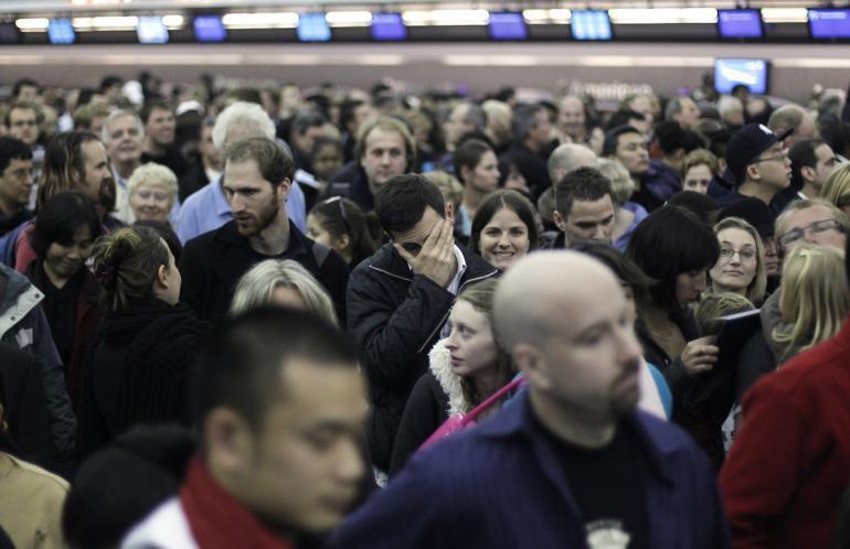 Suasana ramai di terminal 8 JFK International