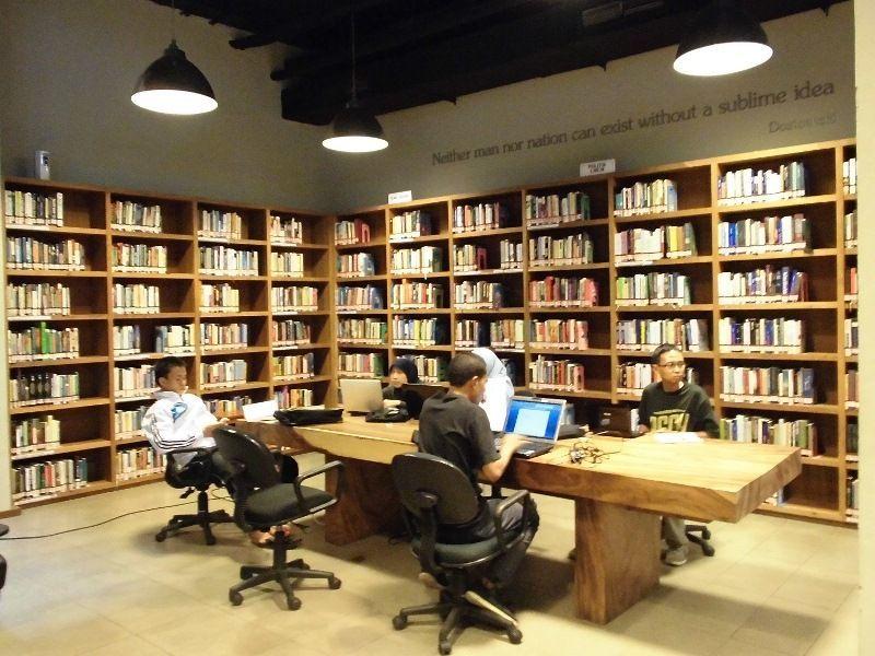 Perpustakaan freedom di Jakarta.