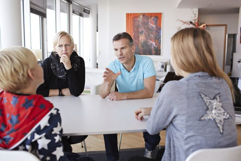 diskusi keluarga