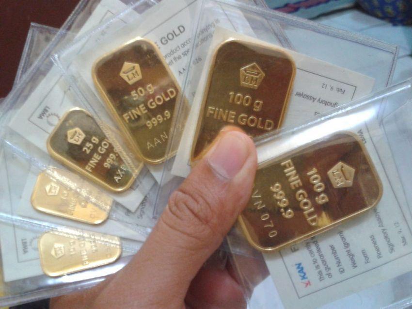 """Investasi emas, profit """"aman"""", hasilnya juga """"aman"""""""