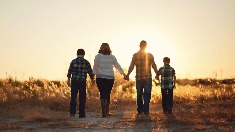 Untuk Ayah Ibu Kakak Dan Adik Terima Kasih Karena Kalian Aku