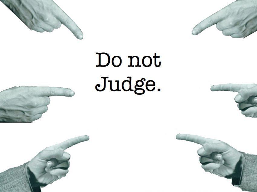 Di media sosial, semua orang jadi hakim